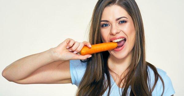 Vitamín A je nejdůležitější vitamín na oči. Kromě něj zkuste oční jógu!